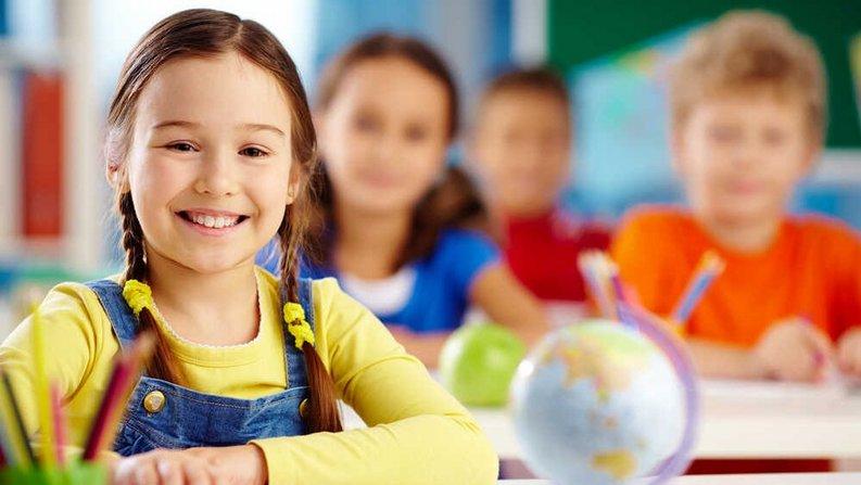 Ubezpieczenie szkolne dla dzieci i młodzieży - co obejmuje? - AXA Direct